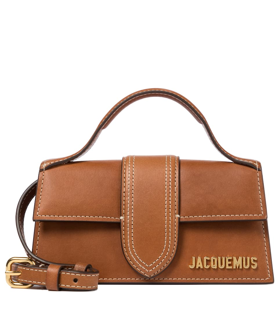 <p class='small-title'>JACQUEMUS</p>Le Chiquito