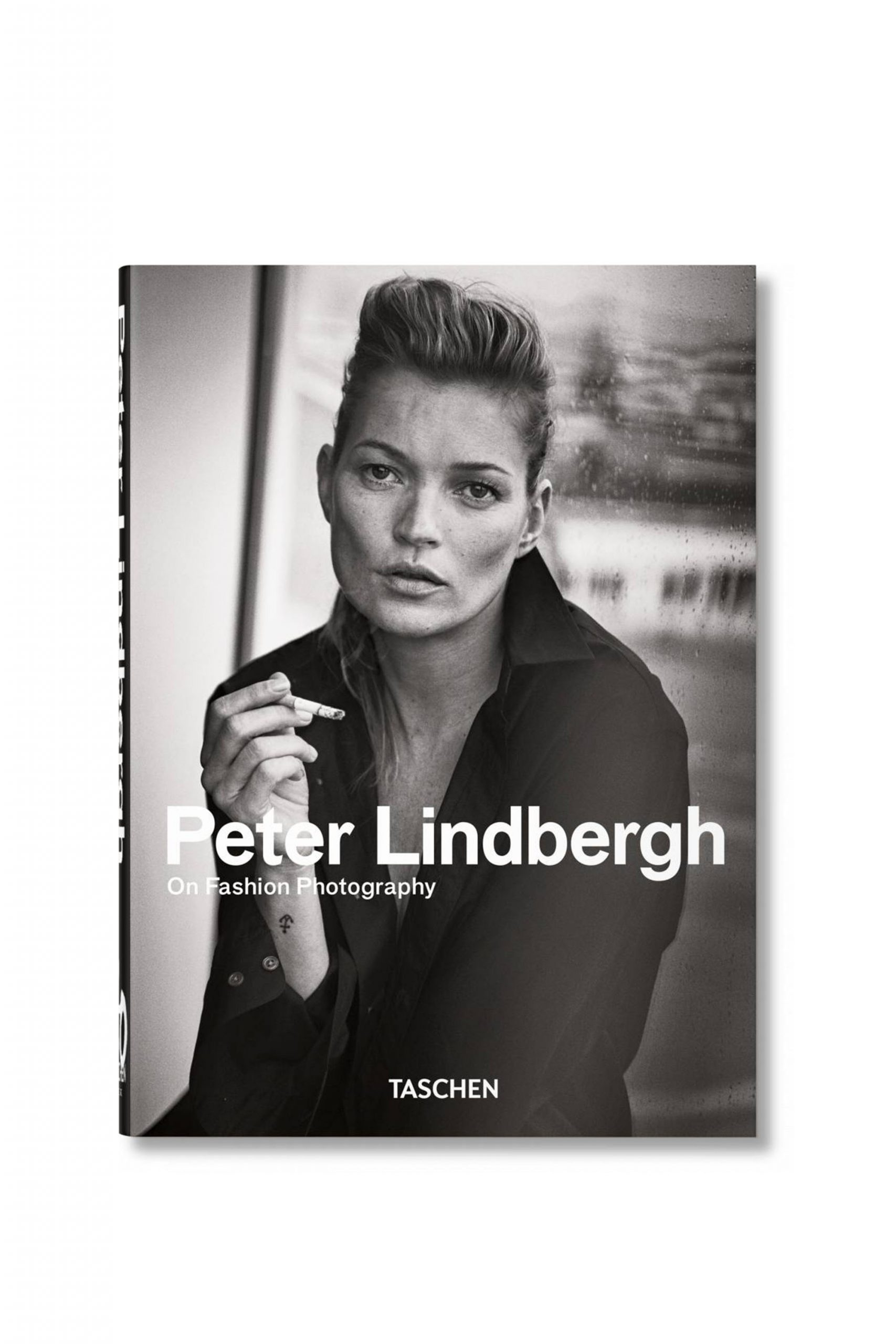 <p class='small-title'>TASCHEN</p>PETER LINDBERGH ON FASHION PHOTOGRAPHY