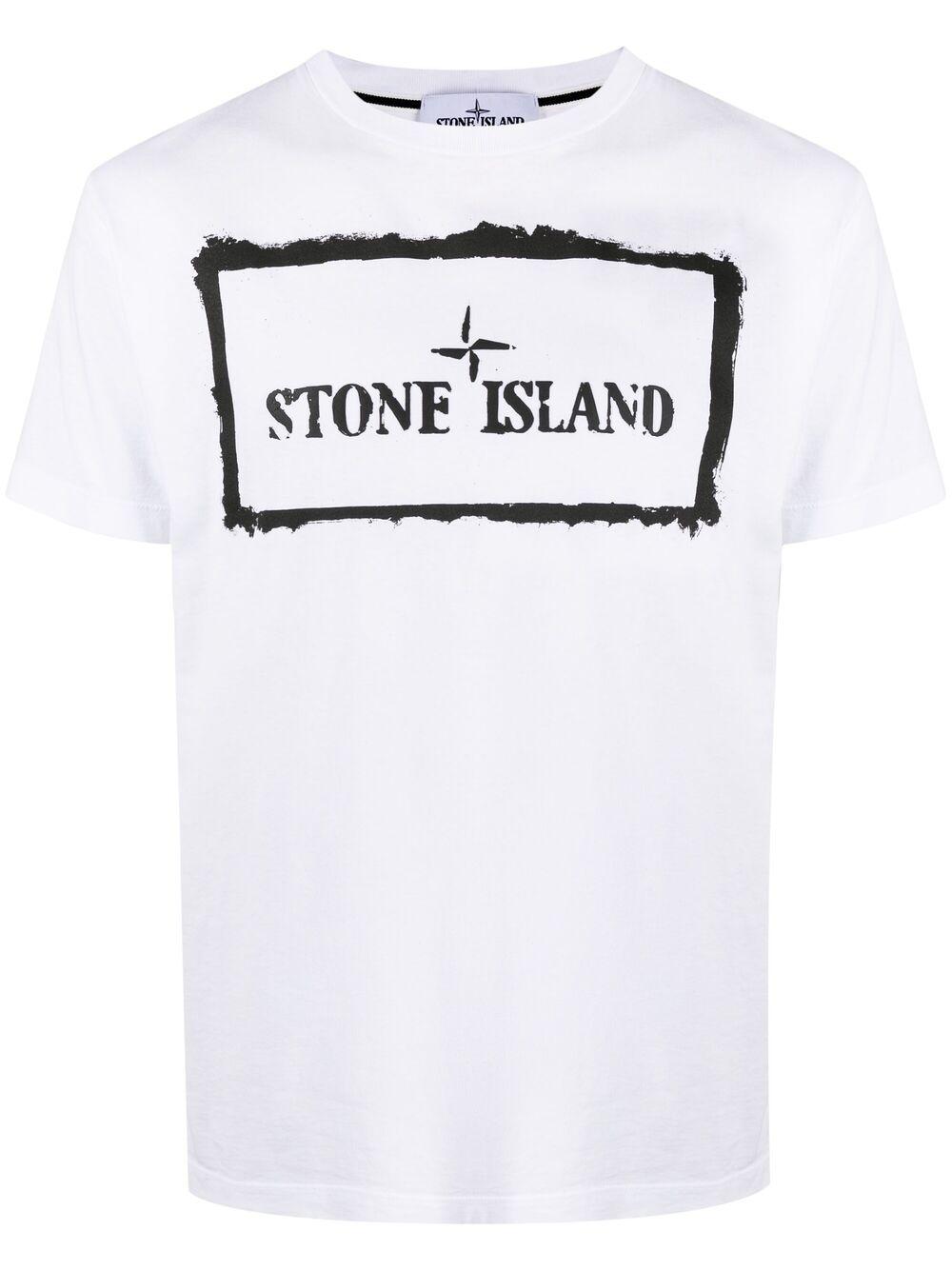 <p class='small-title'>STONE ISLAND</p>T-shirt