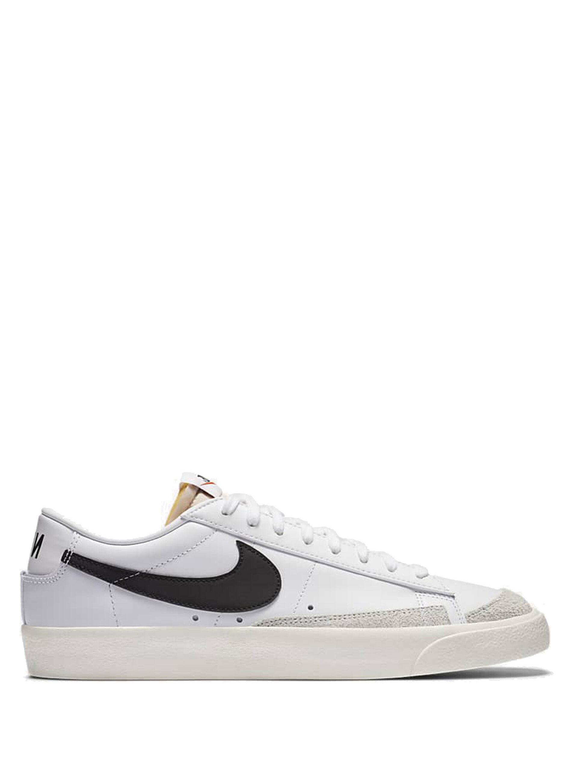 <p class='small-title'>NIKE</p>Nike Blazer Low '77 Vintage