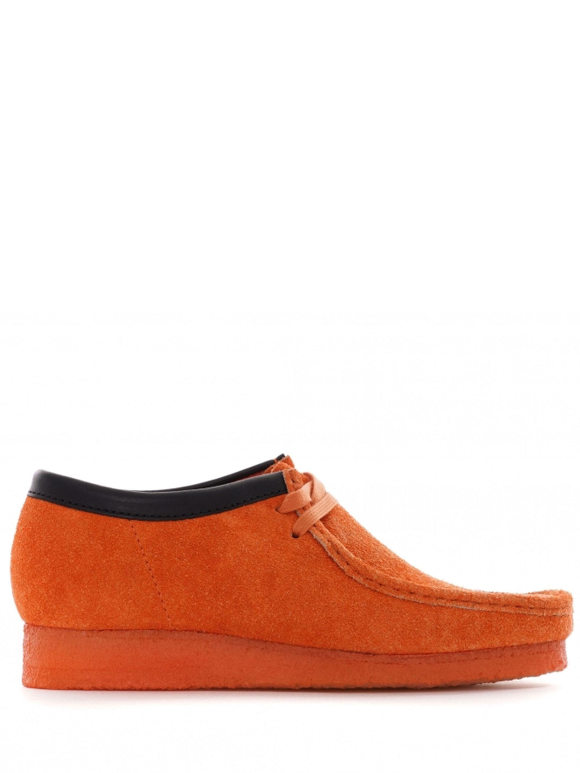 <p class='small-title'>CLARKS ORIGINALS</p>Wallabee Orange M