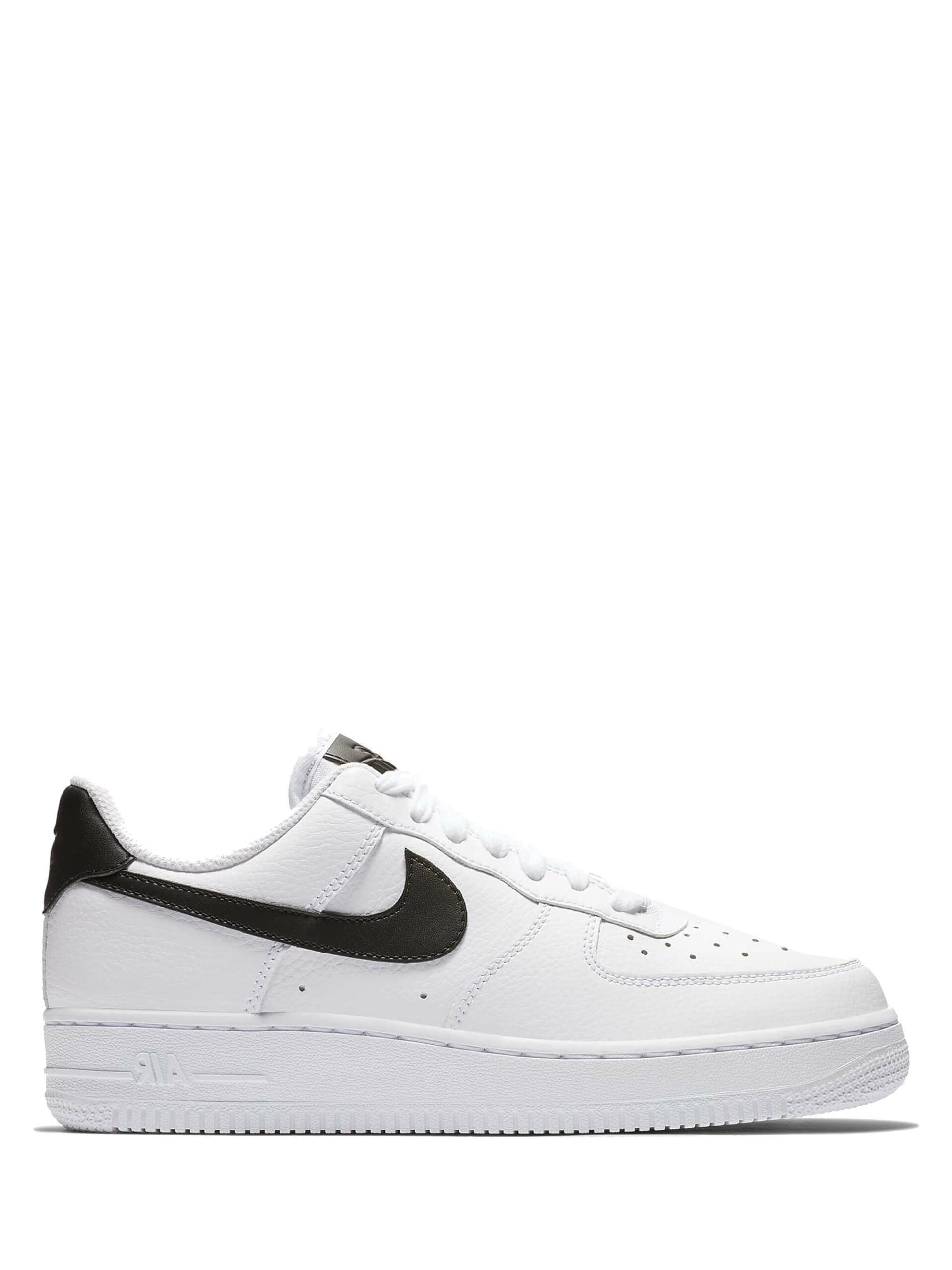 <p class='small-title'>NIKE</p>Nike Air Force 1 '07